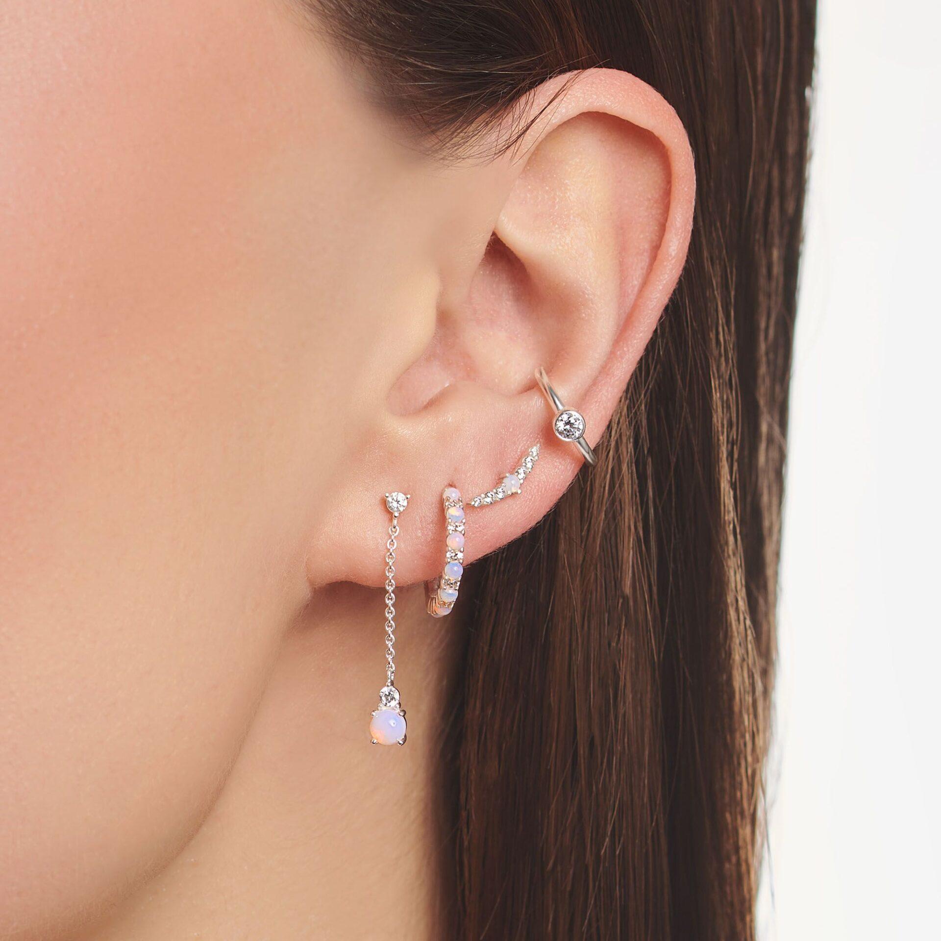 Boucle d'oreille unique, pierres blanches et opal, Thomas Sabo